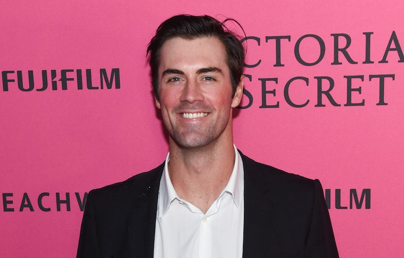 Illustration for article titled Lawsuit: Cole Hamels Paid Agency $70K For Victoria's Secret Fashion Show VIP Tickets, Got Nothing