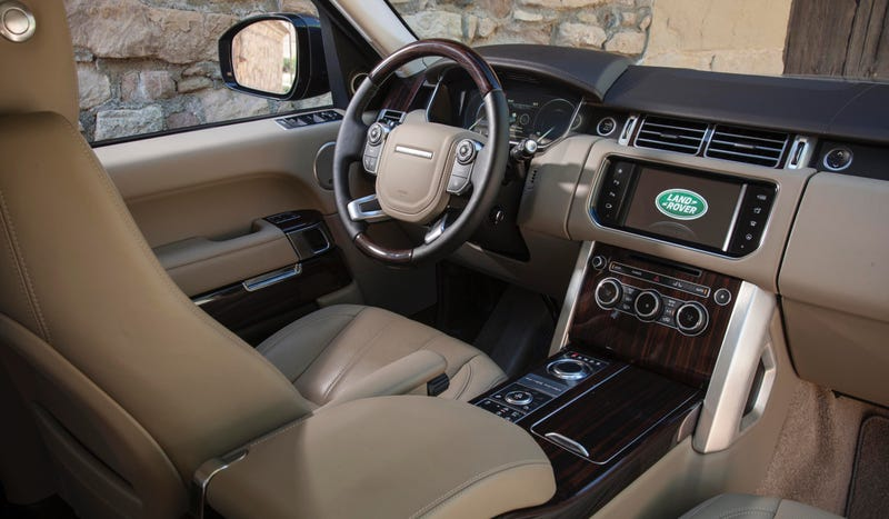 land rover range rover the ultimate buyer s guide techkee. Black Bedroom Furniture Sets. Home Design Ideas