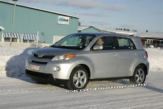 Illustration for article titled 2009 Toyota Urban Cruiser, Looks Even More Like Scion xD Up-Close