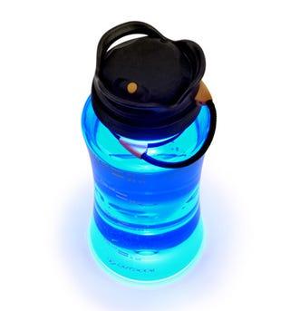 Illustration for article titled Wide-mouth Bottle Lantern