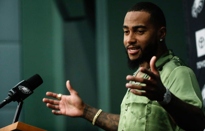 Illustration for article titled DeSean Jackson Wore His Newest Shirt To Announce His Return To The Eagles