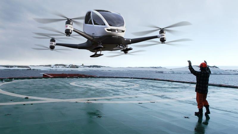 Illustration for article titled Pronto podrás volar en este alucinante dron autónomo de un pasajero (si tienes mucho dinero)