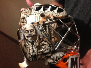 Illustration for article titled Steve Mason's Goalie Mask Features Zombified American Patriots