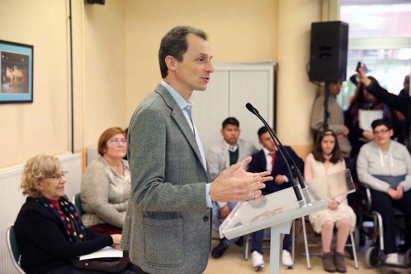 Illustration for article titled El astronauta español Pedro Duque, nombrado nuevo ministro de Ciencia, Innovación y Universidades en España