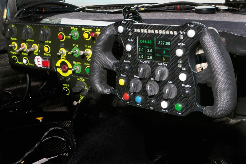 Illustration for article titled The Cockpit Of The Audi R18 e-Tron Quattro Le Mans.