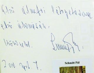 Illustration for article titled Abbahagyhatják a kézírástanítást a finnek, hiszen a gépírás fontosabb!