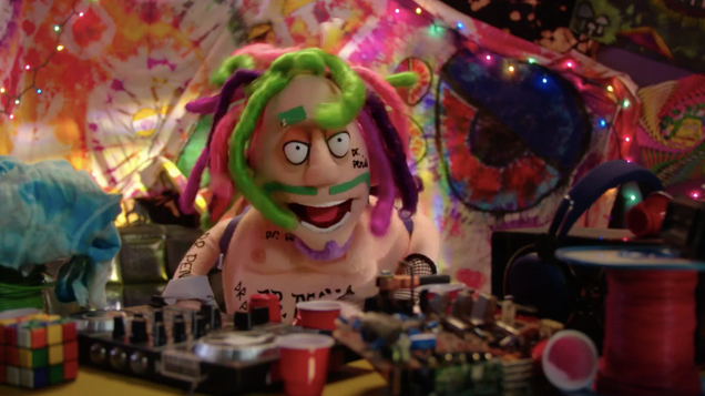 Crank Yankers crawls out of the past, wisely leaves one character behind