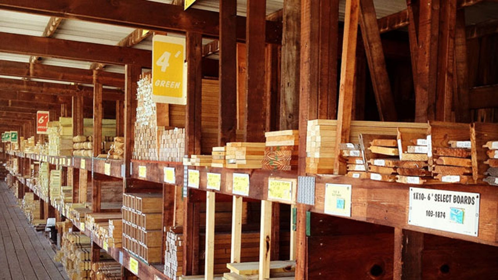 How To Save Money Buying Lumber From A Distributor Instead Of A Retailer
