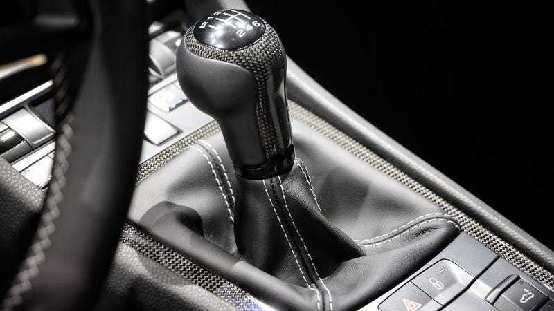 Illustration for article titled The Next Porsche 911 GT3 Is Getting An Actual Six-Speed Manual Gearbox