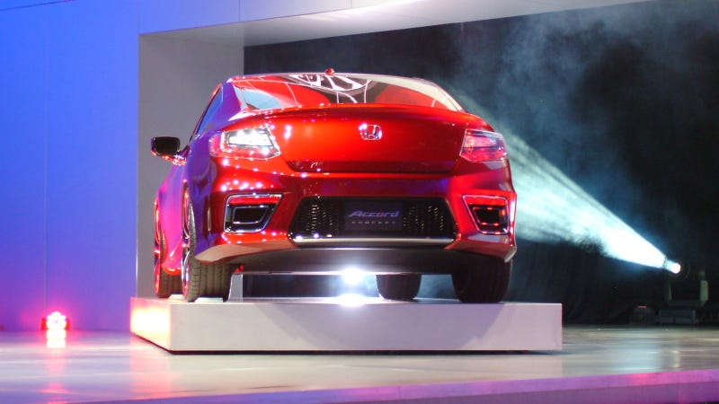 Illustration for article titled 2013 Honda Accord Coupe: 2012 Detroit Auto Show Live Photos