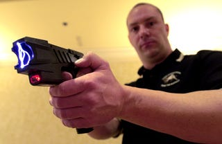 Illustration for article titled Chicago Police Will Taser Just About Anyone