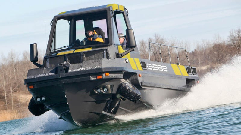 Illustration for article titled This Is The World's Largest High-Speed Wheeled Amphibious Vehicle