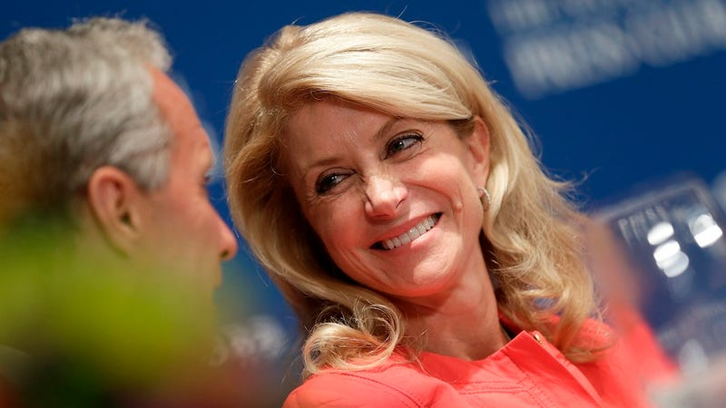 Illustration for article titled Republican Thanks Supporter Who Called Wendy Davis 'Retard Barbie'