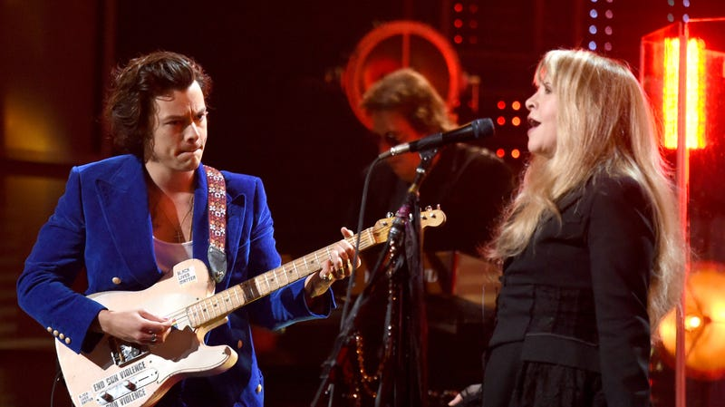 Illustration for article titled Stevie Nicks and Harry Styles are playing together again, and fans are getting eager for an album