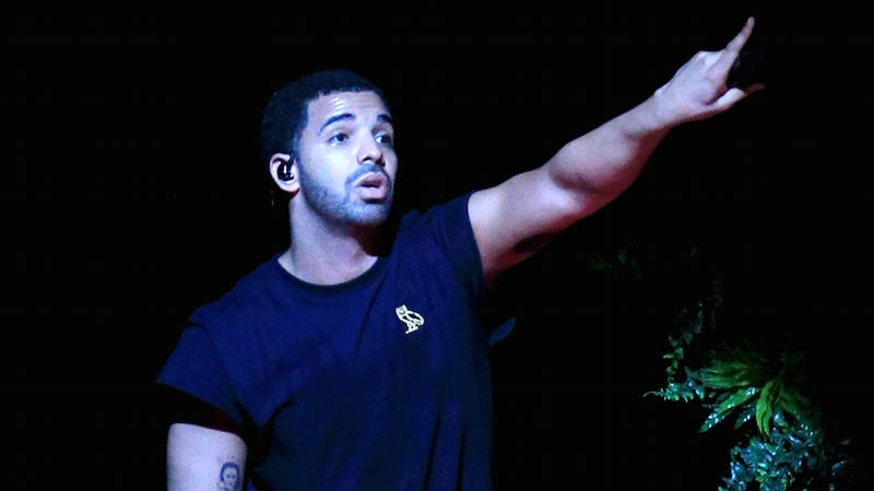 Illustration for article titled Drake Insists (Again) That He Doesn't Need More Friends