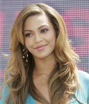 Illustration for article titled L'Oreal Denies Beyonce Whitewashing • Grandma Takes Kid On Death Proof-Style Joy Ride