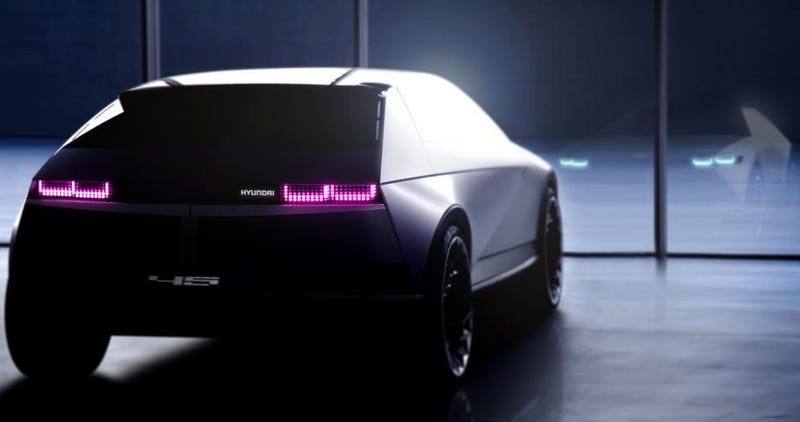Illustration for article titled The Hyundai『45』Concept Reveals New Design Direction: 'Stuff From Blade Runner'