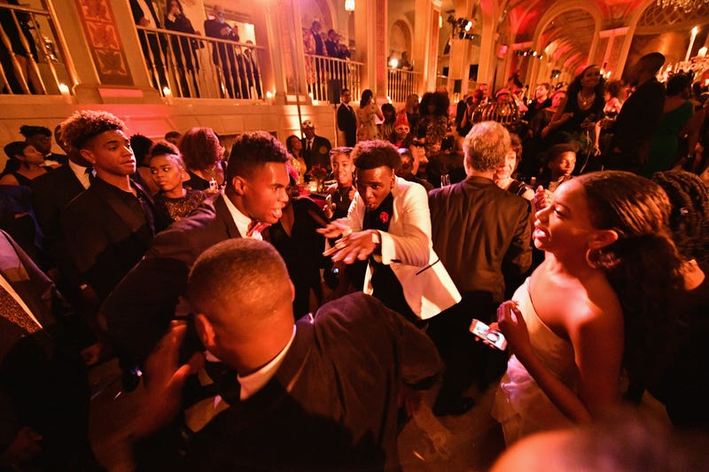 Guests enjoy the Harlem School of the Arts Masquerade Ball on Oct. 23, 2017, at the Plaza Hotel in New York City. (Dia Dipasupil/Getty Images for the HSA)