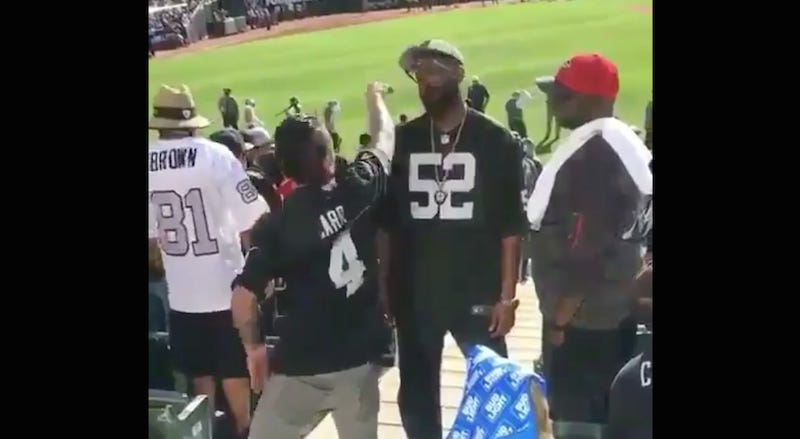 Illustration for article titled Raiders Fan Knocks Out Raiders Fan In Extremely Slow Fight