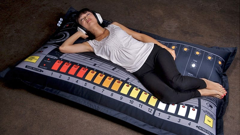 drum machine beanbag chairs are great if you 39 re beat. Black Bedroom Furniture Sets. Home Design Ideas