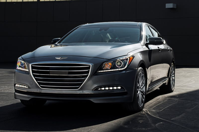 Illustration for article titled I just saw a Hyundai Genesis 2015 on the road.