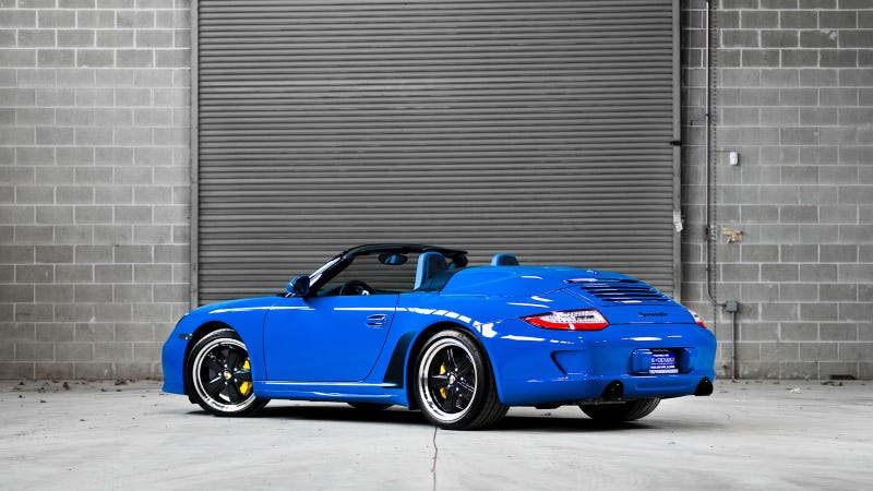 Illustration for article titled Your Ridiculously Cool Porsche 911 Speedster Wallpaper Is Here