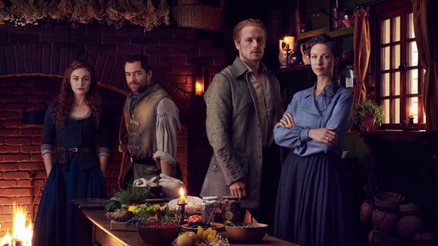 The hot time-travelers are back: Richard Rankin on Outlander's return