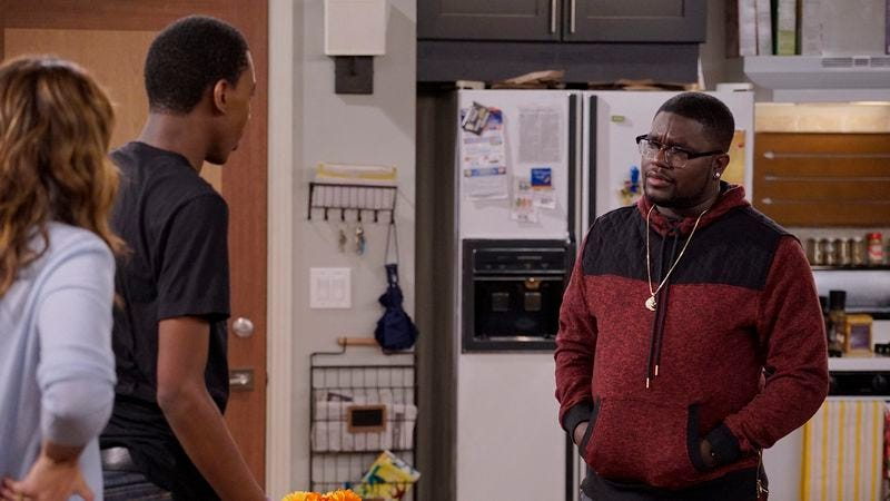 Illustration for article titled Lil Rel Howery breaks down Carmichael Show's gentrification episode