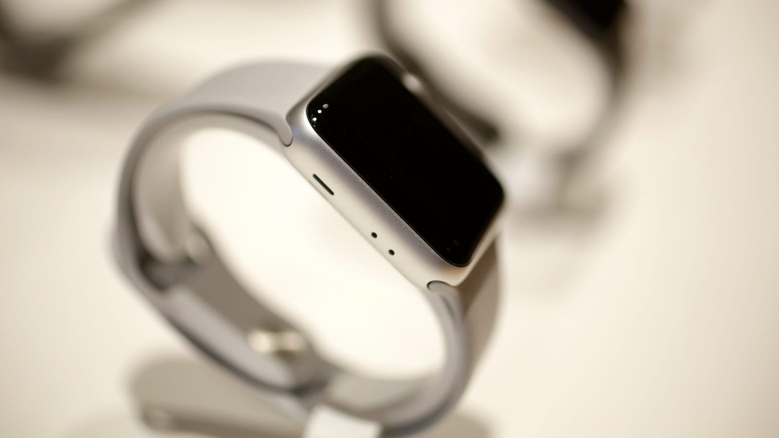 Report: Apple Once Again Extends Apple Watch Warranties, This Time for Battery Issues