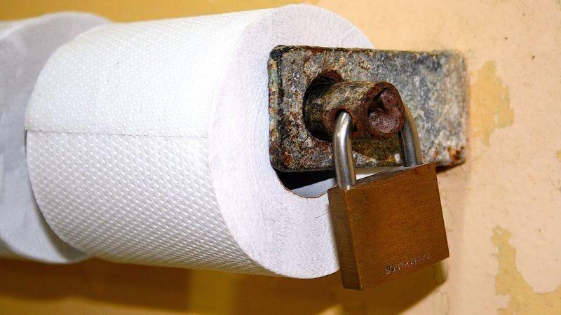 Illustration for article titled Por qué debes dejar de limpiarte el culo tan fuerte
