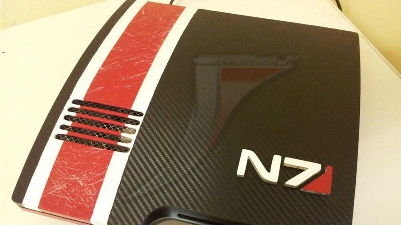 Illustration for article titled If I Ever Play Mass Effect On PS3, It Will Have To Be On This Gorgeous Custom Mod