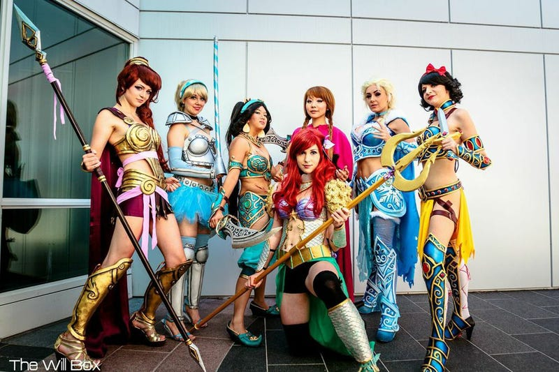 Illustration for article titled Disney Princesses In Battle Armor: This Weekend's Best Cosplay