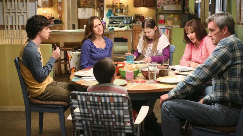 Illustration for article titled The Middle's production design sets it apart from other sitcoms