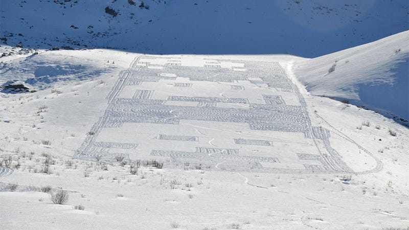 Illustration for article titled Single Man Turns Alpine Hillside Into Giant Space Invaders