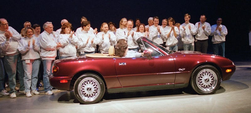 Illustration for article titled The Mazda Miata's Creator Is Happy You Think His Car Is A Chick Car