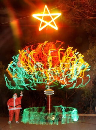 Illustration for article titled This Tesla Coil Christmas Tree Could Kill You