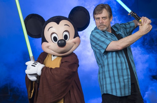 Illustration for article titled Is this what Luke Skywalker will look like in Episode VII?