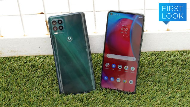 Motorola s New 5G Phone Is Like a Budget Galaxy Note In All the Right Ways