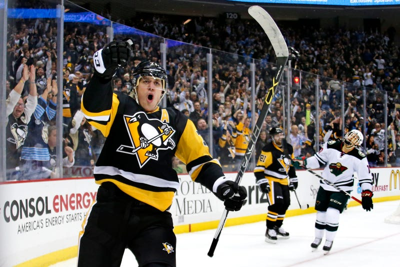 Illustration for article titled Evgeni Malkin's Beautiful Dangle Was Exactly What The Penguins Needed