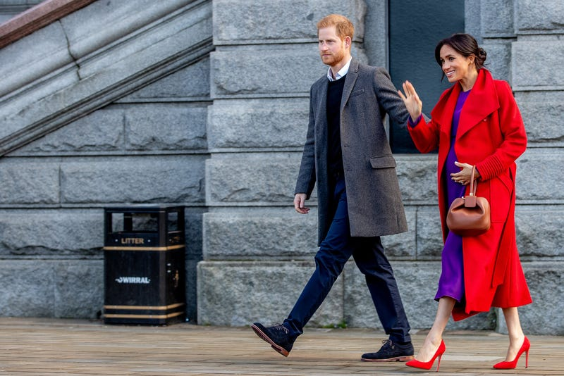 49d037aff8b Meghan Markle Narrows Her Due Date, Keeps Pregnancy Colorful