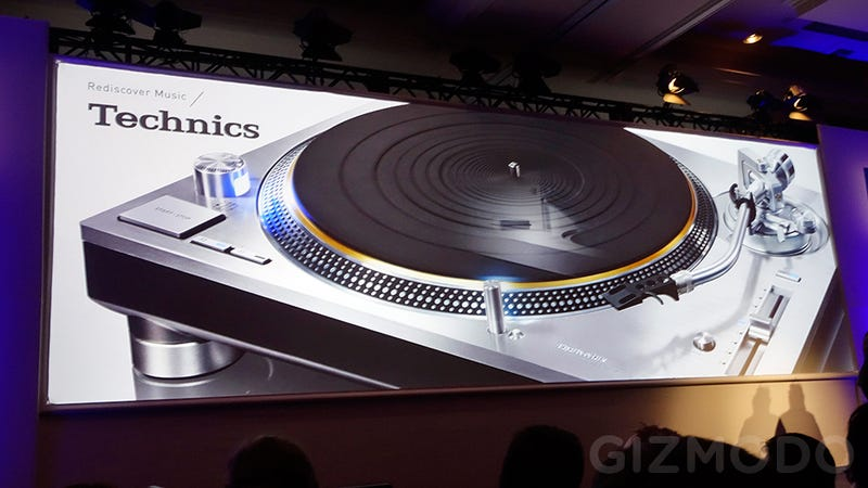 Illustration for article titled The Technics 1200 Turntable Is Back