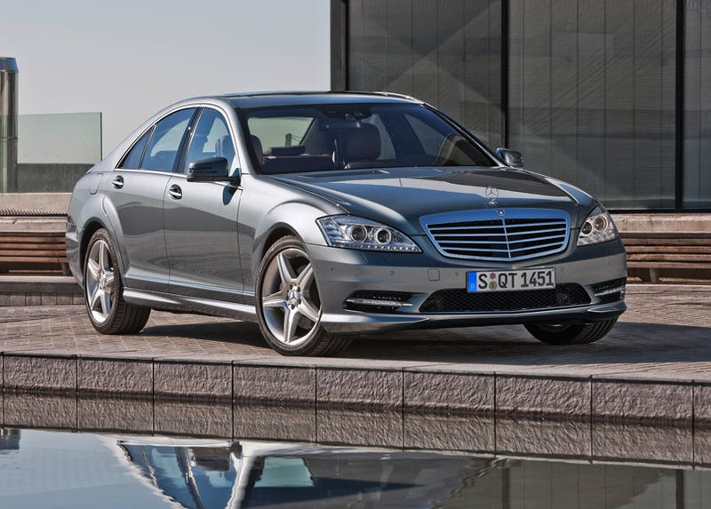 High Quality As A Last Hurrah Before The Refreshed 2010 Model, Mercedes Has Given The  2009 S Class Sedan A New Tastefully Aggressive AMG Sport Appearance Package  Without ...