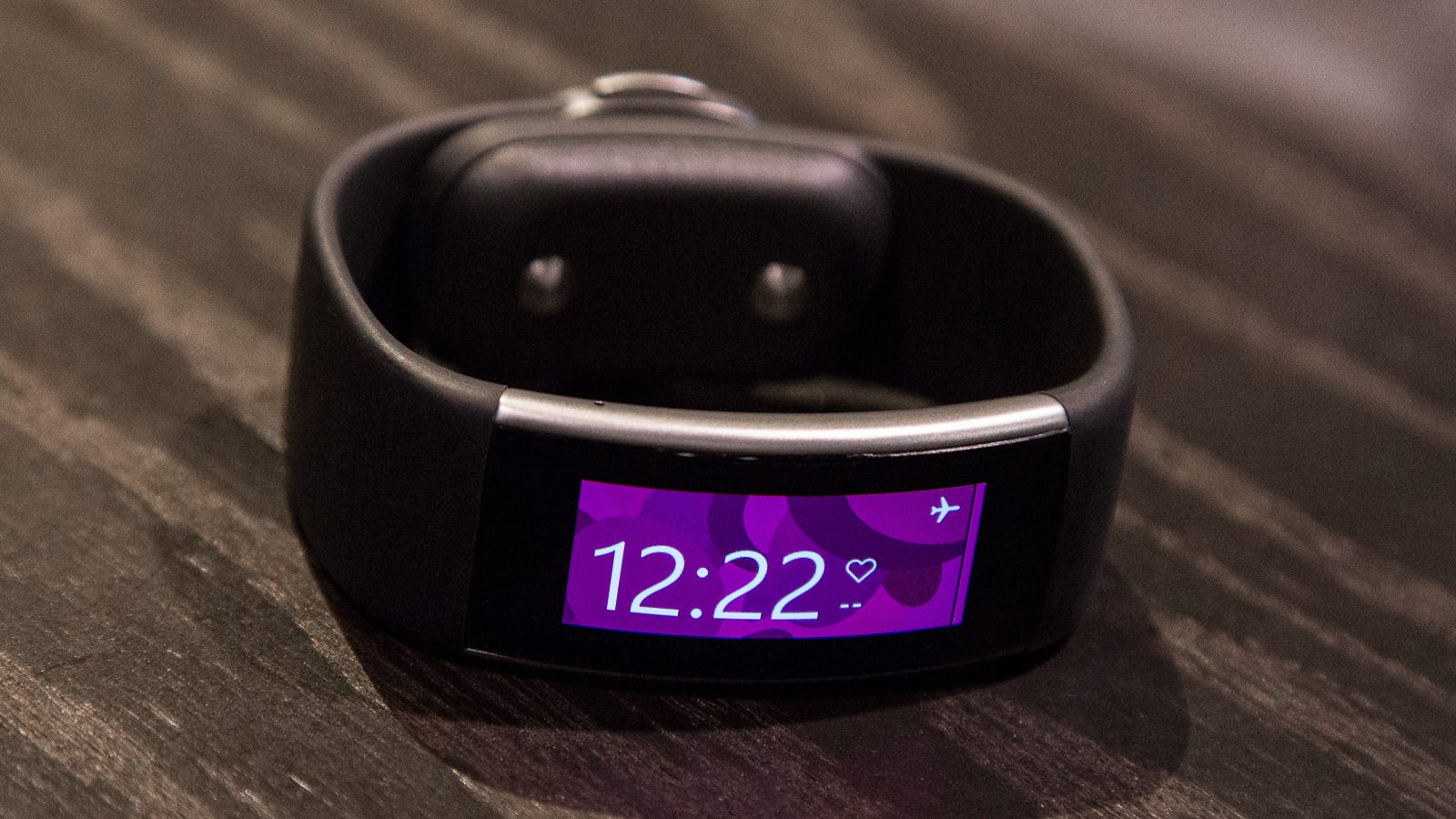 a closer look at the microsoft band 2 definitely more. Black Bedroom Furniture Sets. Home Design Ideas