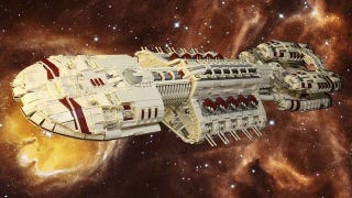 Illustration for article titled You Won't Believe How HUGE This Battlestar Galactica Model Is