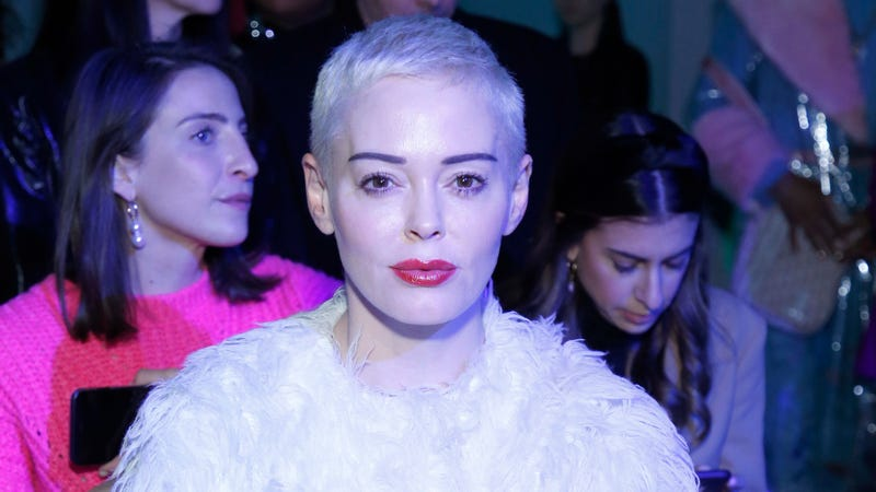 Illustration for article titled Rose McGowan files racketeering lawsuit against Harvey Weinstein