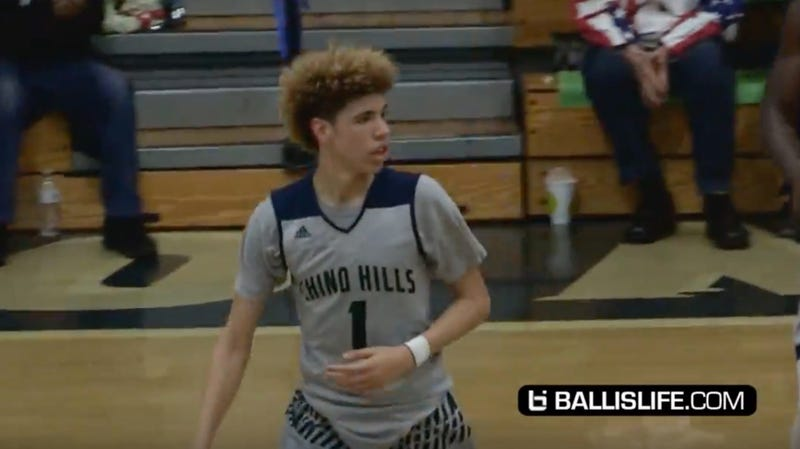 Illustration for article titled High School Sophomore LaMelo Ball Scored 92 Points In A Game
