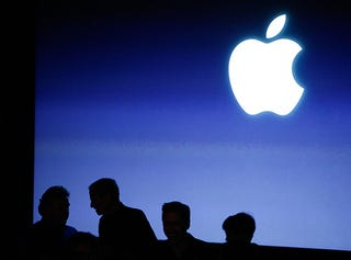 Illustration for article titled Did FTC Probe Cause Apple to Change App Rules?