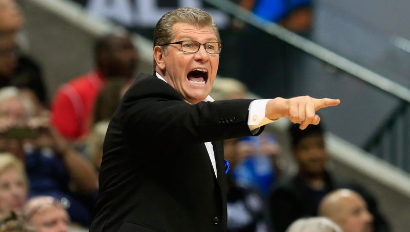 Illustration for article titled Geno Auriemma: It's A Real Shame Players Won't Let Coaches Bully Them Anymore