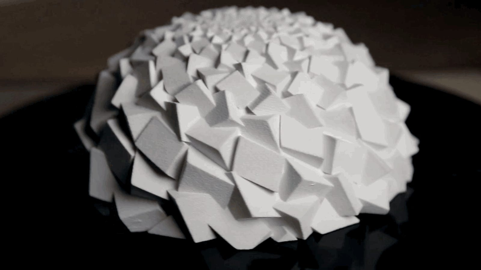 Estas asombrosas esculturas Fibonacci cobran vida al moverlas