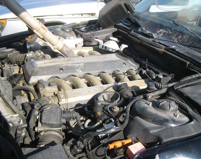 3-Banger Or V12, The Crusher Does Not Discriminate: BMW 750i